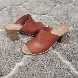 TOMS Majorca Cognac Leather Mules Clog Heels 8.5
